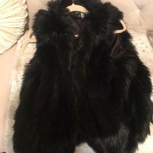 Black faux fur vest Topshop